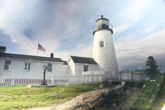 Pemaquid Point Lighthouse: June afternoon at lighthouse