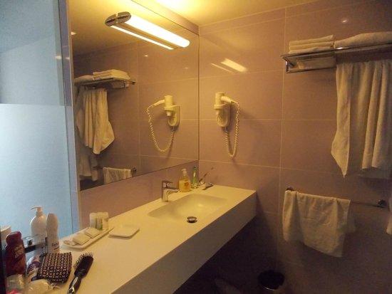 Vitality Hotel Punta: Łazienka