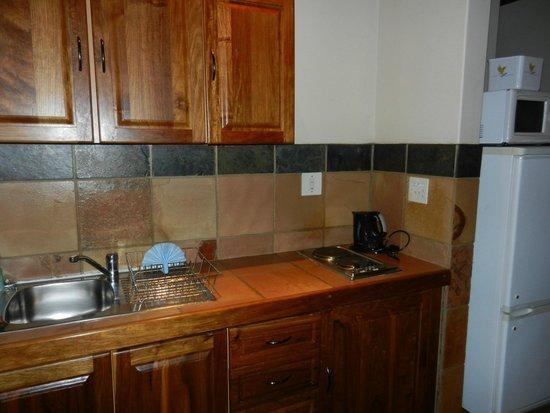 Forever Resort Blyde Canyon : Küche im Wohnbereich