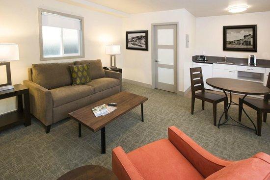 Basalt Mountain Inn: Green Drake Suite