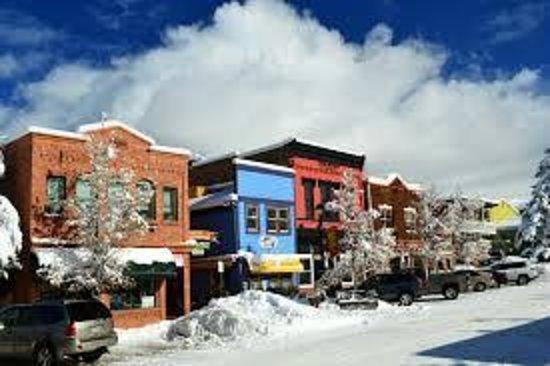 Basalt Mountain Inn: Downtown in Winter