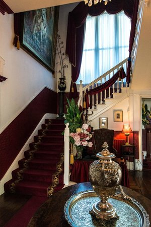 Maranatha Country House : Stairway to Rooms
