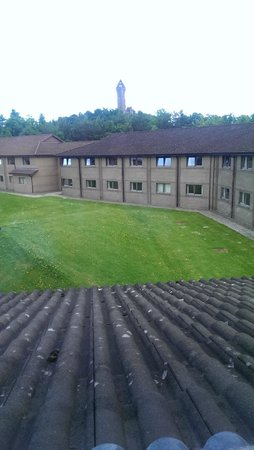 Stirling Court Hotel: Room with a view (they actually charged extra for this)