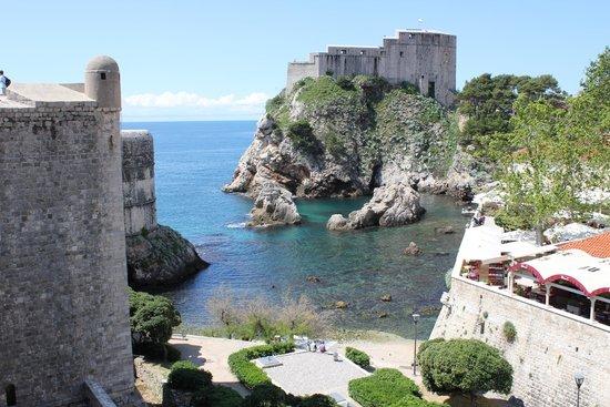 Tirena Hotel : Paysages des rempats de Dubrovnik