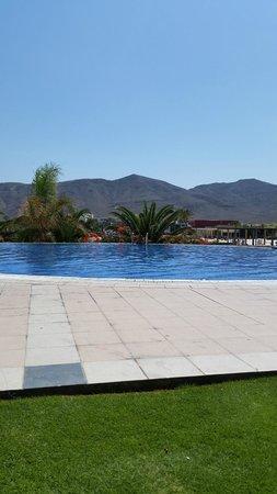 Playitas Hotel: Súper-piscina....
