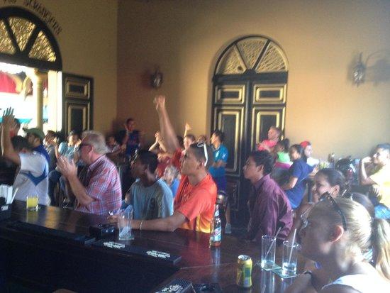 Reilly's Irish Tavern: Watching Real Madrid vs Barcelona