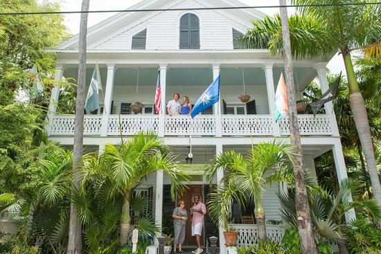 old town manor is located in the heart of old town key west only rh tripadvisor com