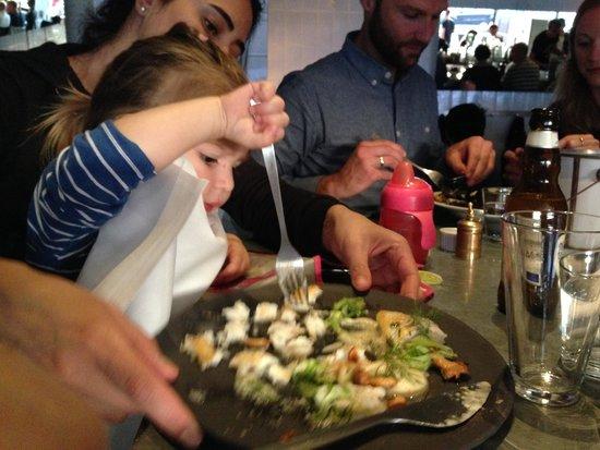 Kodbyens Fiskebar : My little love enjoying her fish