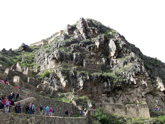Archaeological Park Ollantaytambo: Temple Looking Up