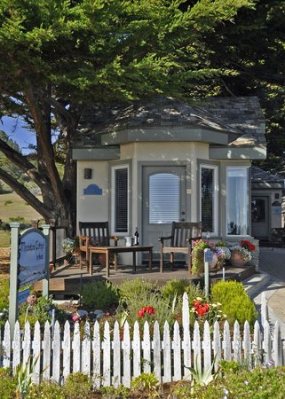 Moonstone Cottages: Seascape Cottage