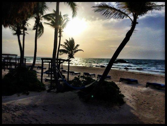 Tulum Hemingway Romantic Cabanas : A beautiful sunrise everyday