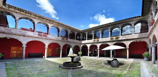 Hotel Costa Del Sol Ramada Cusco: Terraza