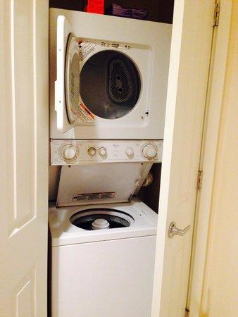 Sheraton Vistana Villages - International Drive: Washer dryer