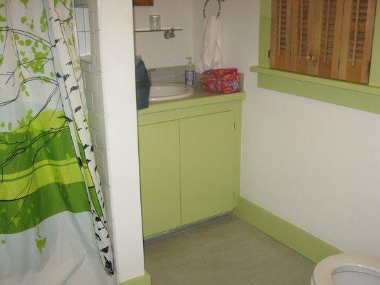 Sea Breeze: bathroom