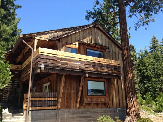Tahoe Vistana Inn : Squirrel House -- Room with a spectacular view
