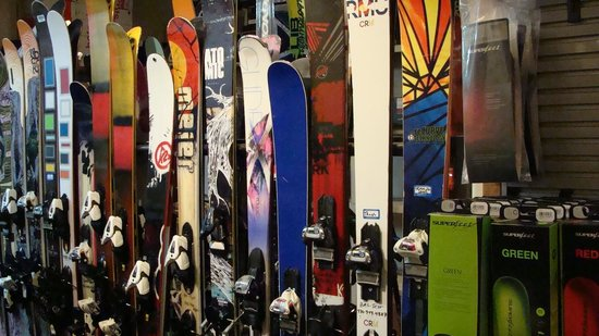 Beaver Creek, CO: Base Mountain Sports Retail