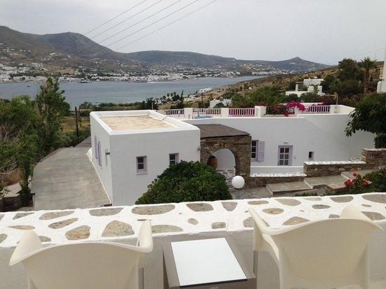 Akrotiri Hotel: vue depuis balcon