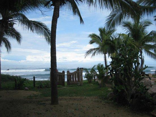 Casa Viva Troncones: just steps to the beach
