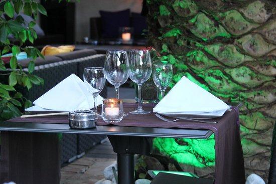 Hotel Saint Amour La Tartane: Outside Dining