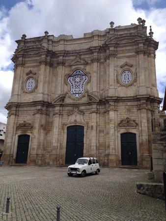 Mosteiro de Santa Maria de Salzedas : Merece uma visita