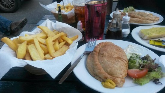 Cobweb Inn: Cornish Pasty