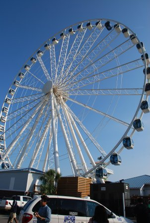 Myrtle Beach Marriott Resort & Spa at Grande Dunes: Sky Wheel off Boardwalk