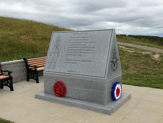 Beachy Head: Memorial