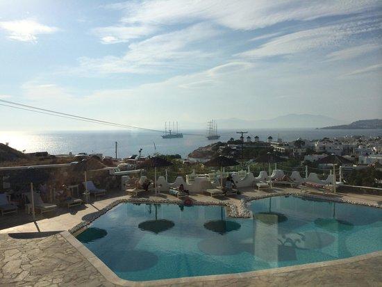 Ilio Maris Hotel : Φανταστική θέα,άψογο σέρβις,πολύ φιλικά τα παιδιά στο ξενοδοχείο ,θα το προτιμήσω ξανά!!!