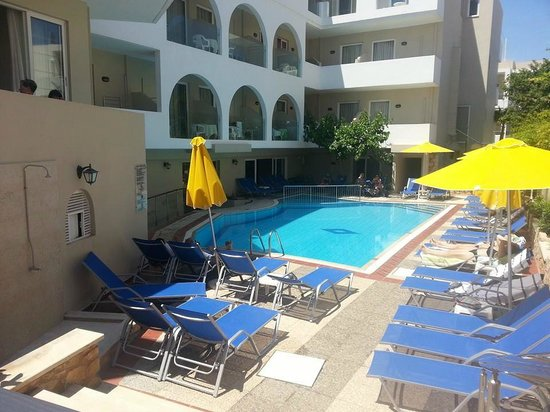 smartline Dimitrios Beach: piscine