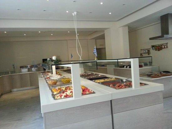 Dimitrios Beach Hotel: restaurant en self service (petit déjeuner)