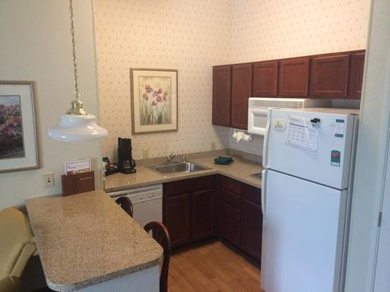 Homewood Suites Dallas - DFW Airport N - Grapevine: Kitchen