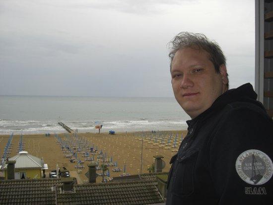 Hotel Rosanna: vista dalla camera fronte mare