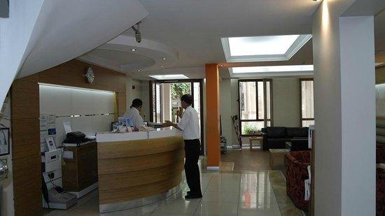 Hotel Baylan: Ресепешн