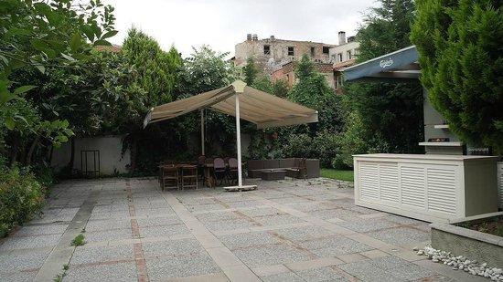 Hotel Baylan: Бар на улице