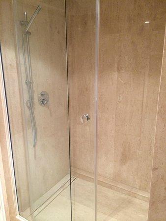 Regent Contades, BW Premier Collection: Salle de bain Suite Junior