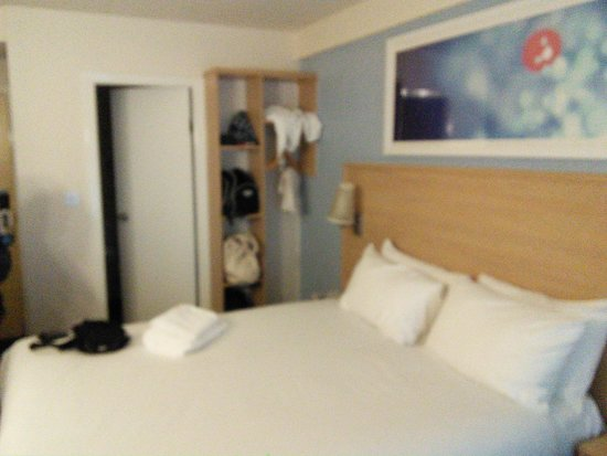 Travelodge Glasgow Central: Our family room