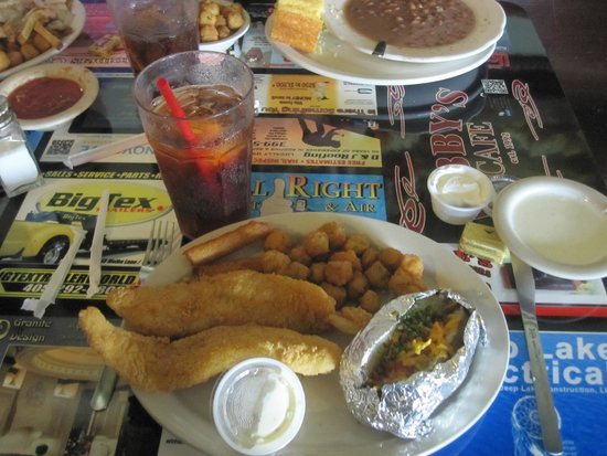 Goldsby, OK: The SMALL Catfish!