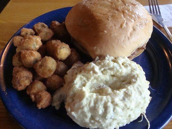 Sonny Bryan's Smokehouse: Pulled port, potato salad & fried okra