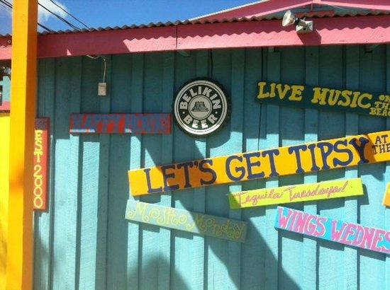 Tipsy Tuna : Entrance to Tipsy