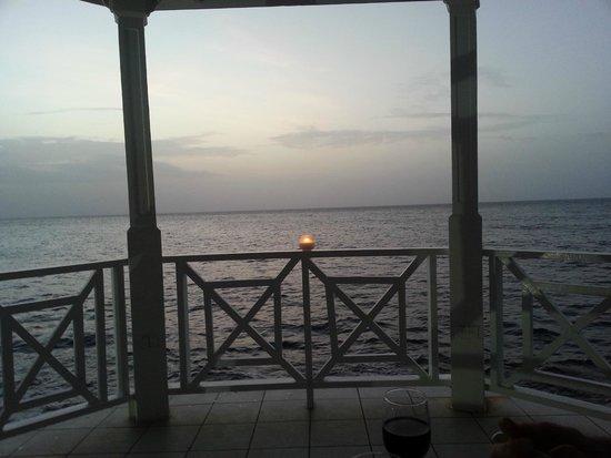 Jewel Paradise Cove Resort & Spa Runaway Bay, Curio Collection by Hilton : Wedding Gazebo