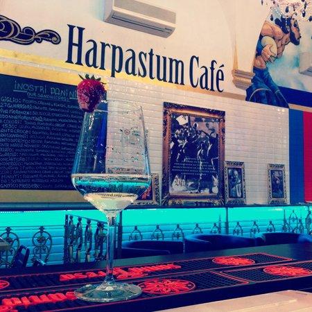 Harpastum Cafe