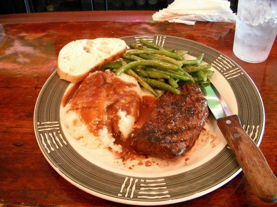 Mr. B's Rustic Tavern: Great steak dinner that we shared.....