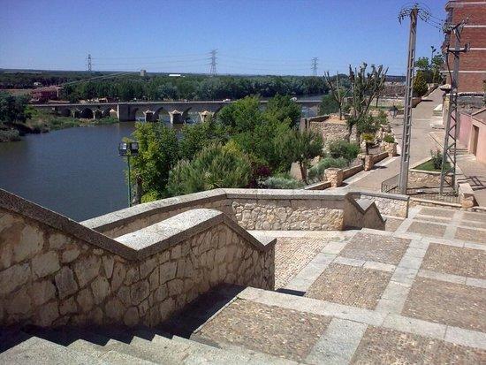 Baños Arabes Tordesillas: monasterio: fotografía de Real Monasterio de Santa Clara, Tordesillas