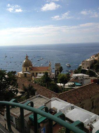 Hotel Savoia: Não dá pra se cansar desta vista... (quarto 401)