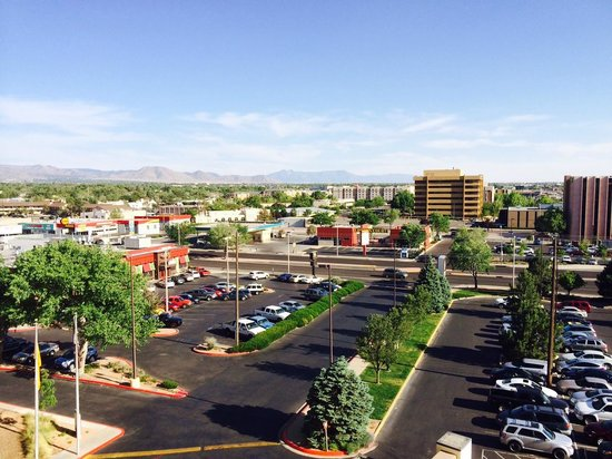 Sheraton Albuquerque Uptown: View from room (window open)