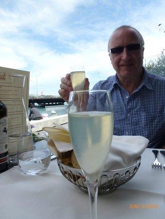 Le Lacustre : Enjoying a garibaldi (prosecco with limoncello)