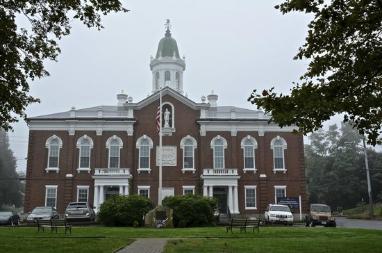 Pilgrim Memorial State Park: Plymouth County Courthouse