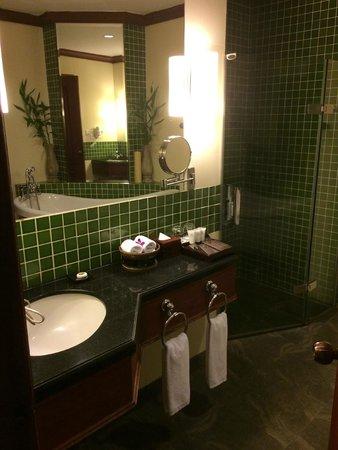 Borei Angkor Resort & Spa : Ванная в номере