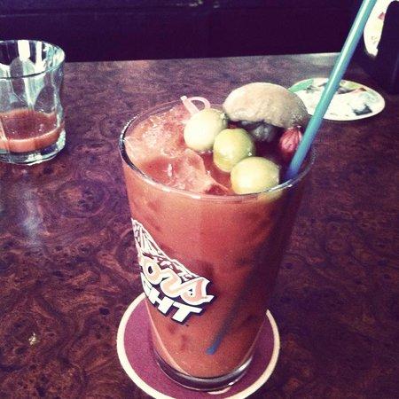 The American Bar: yummy bloody mary!