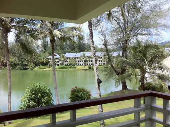 Outrigger Laguna Phuket Beach Resort: Vista Apartamento
